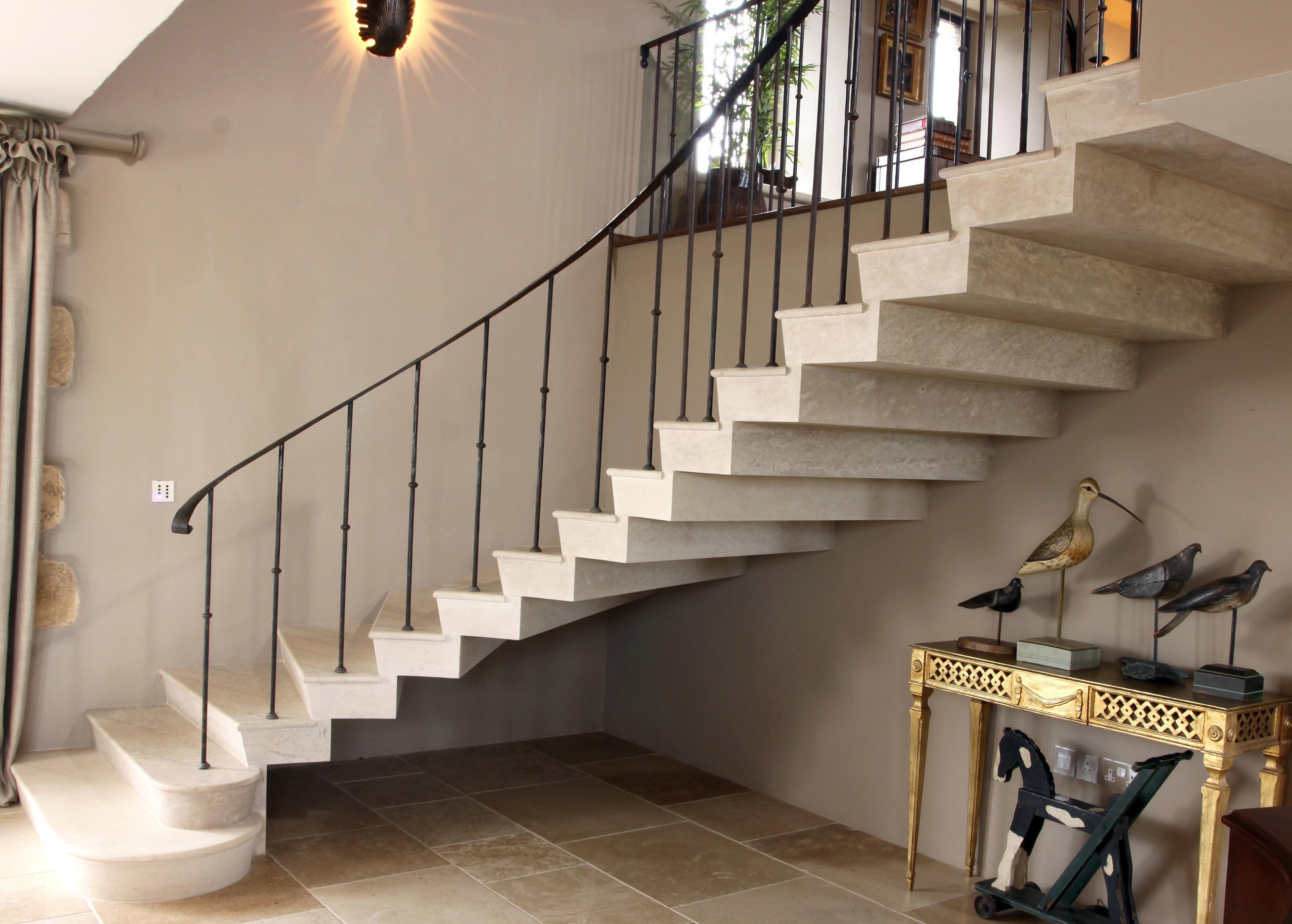 stone-staircase-thomas
