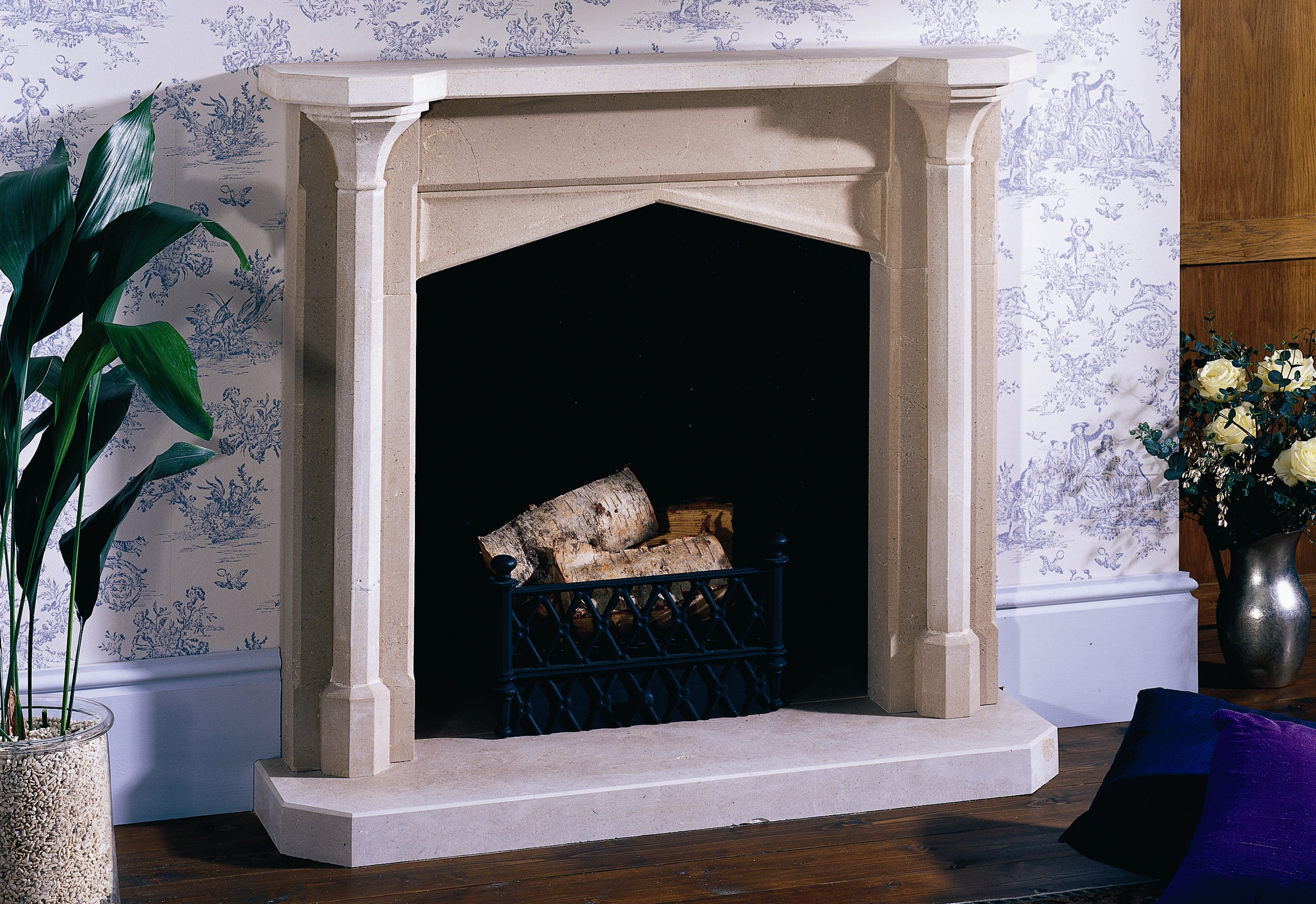 traditional-stone-fireplaces08