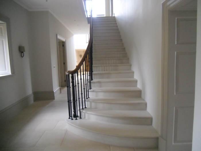 Cantilever Staircase 109