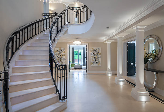 49. Steel-supported cantilever stair, Moleanos stone and flooring – Surrey