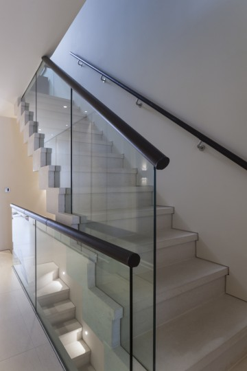 64. Anstrude Double flight Cantilever Staircase  – London Townhouse